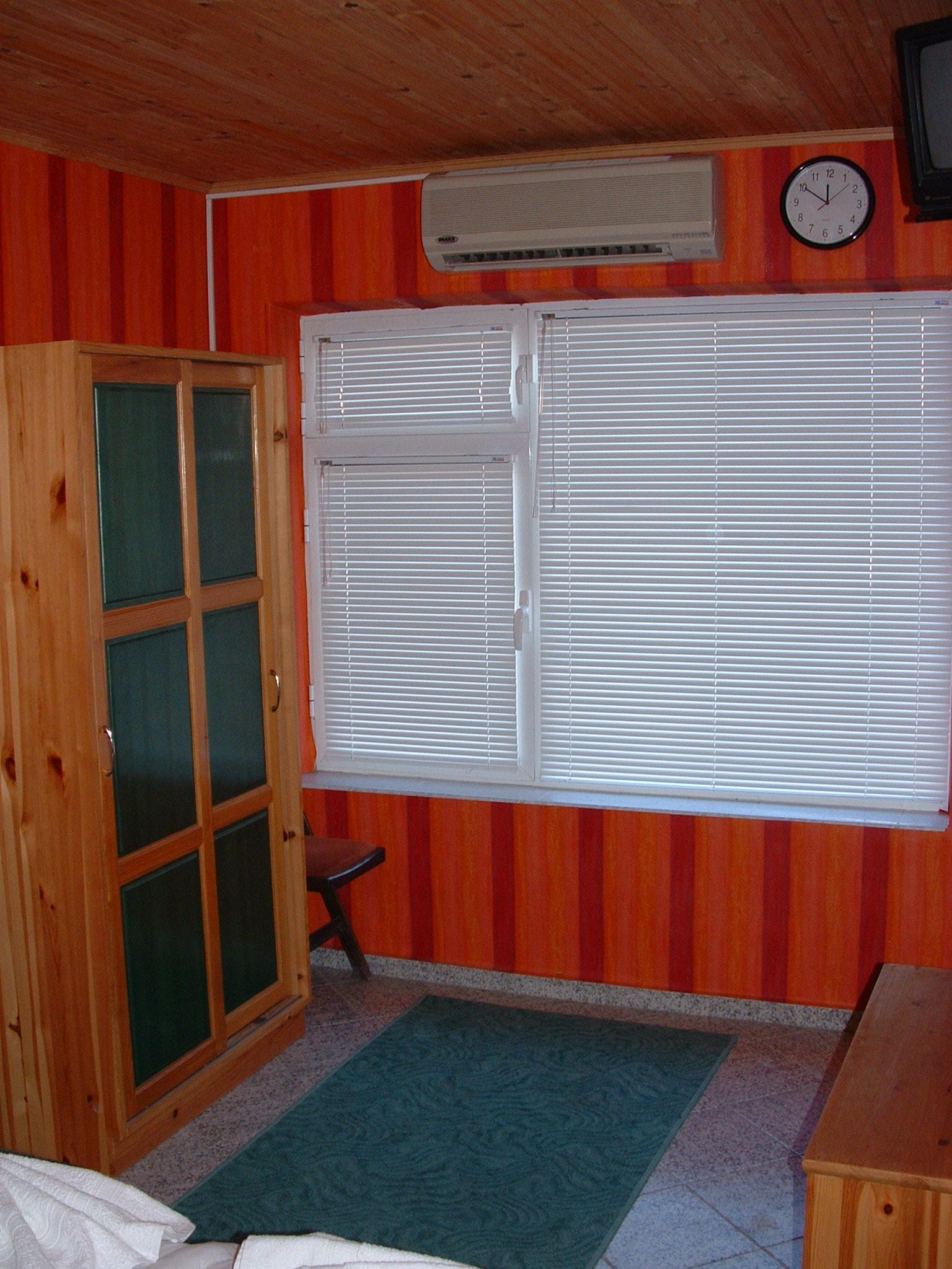 5. room 37